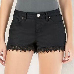 LC Lauren Conrad   Black Lace-Hem Jean Shorts